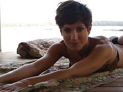 سیاه رومانی در دانلود جدیدترین سکس الاغ.