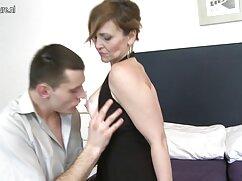 بازیگر, کشیدن پاهای او را در مقابل شریک زندگی خود جدیدترین سکس خارجی را.