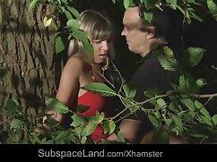 همسایه ، با موهای قرمز ، یک جدیدترین فیلم سکسی زن جوان در اتاق.