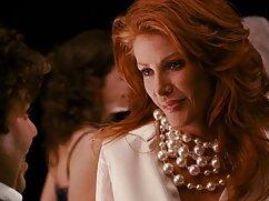 طاس, یک خانم بلوند دانلود جدیدترین فیلم های سکسی در آشپزخانه.