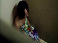 کونای ساخته جدیدترین فیلم سکسی شده برای یک دختر در لباس.