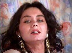 یک زن جدیدترین فیلمهای سینمایی سکسی پیر لیس گربه جوان.